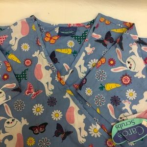 Carols Scrubs Large (12-14) Blue with Bunnies NWT